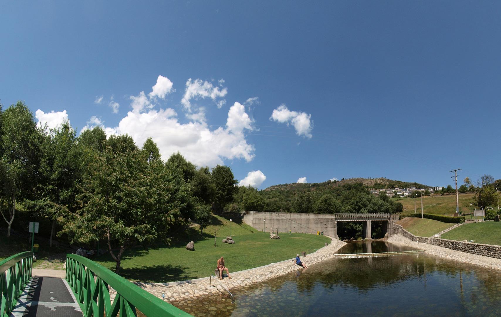 Piscina fluvial de vilari o do conso david eva for Piscinas fluviales leon